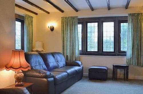 Big Cottages - Charming Matlock Cottage S44737