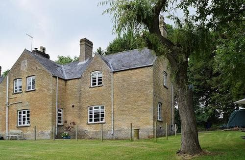 Last Minute Cottages - Gorgeous All Northamptonshire Cottage S37646