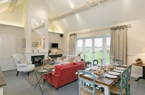 Last Minute Cottages - Wonderful All Northamptonshire Cottage S42601