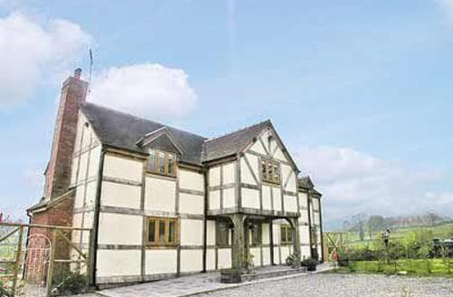 Last Minute Cottages - Luxury Craven Arms Cottage S16778
