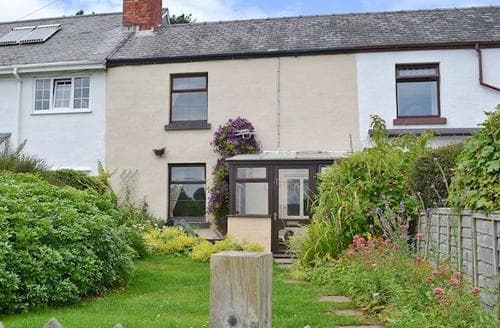 Last Minute Cottages - Wonderful Oswestry Cottage S16825