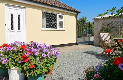 Last Minute Cottages - Charming Shrewsbury Cottage S16851