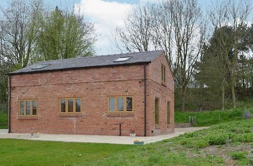 Last Minute Cottages - Inviting Shrewsbury Cottage S25874