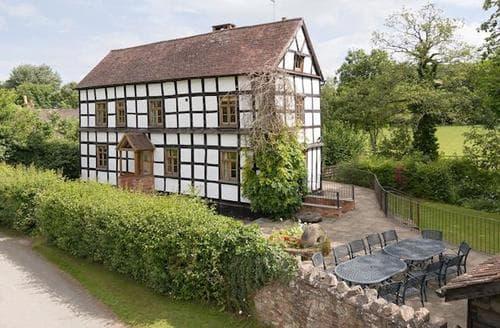 Big Cottages - Adorable Ledbury Lodge S16934
