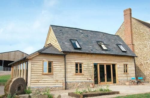 Last Minute Cottages - Mayfields Barn