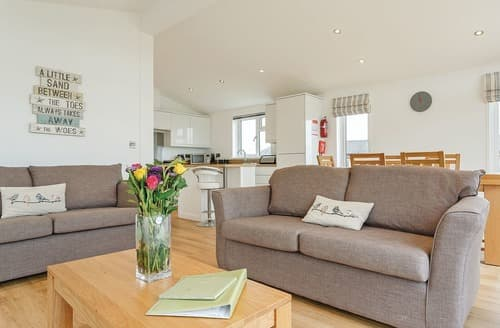 Last Minute Cottages - St Mary's