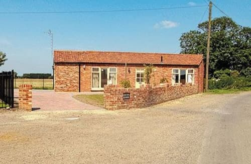 Last Minute Cottages - Exquisite Ely Cottage S17010