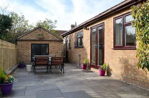 Last Minute Cottages - Gorgeous Ely Cottage S71491