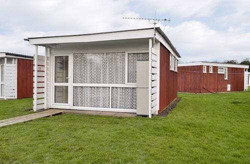 Last Minute Cottages - Inviting Hunstanton Lodge S77124