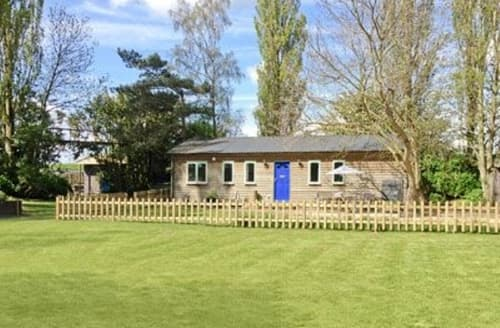 Last Minute Cottages - Superb King's Lynn Lodge S17492