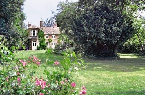 Big Cottages - Wonderful Winterton On Sea Cottage S17669