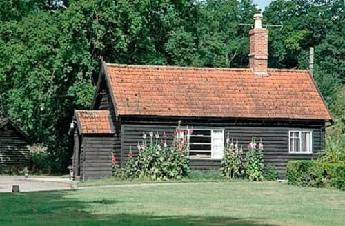 Last Minute Cottages - Tasteful Bury St Edmunds Lodge S17844
