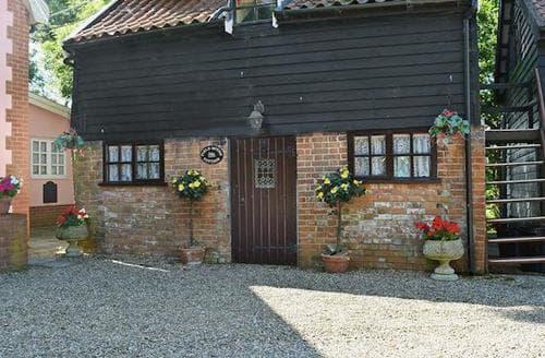 Last Minute Cottages - Field Mouse Cottage