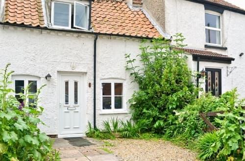 Last Minute Cottages - Charming Lowestoft Cottage S38023