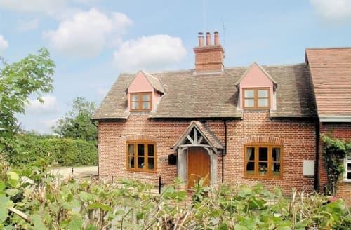 Last Minute Cottages - Adorable Stowmarket Cottage S18024