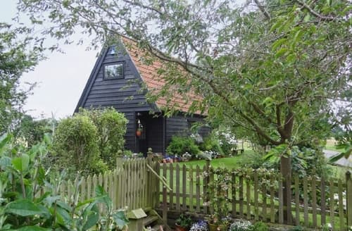 Last Minute Cottages - LONG THATCH LODGE