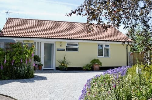 Dog Friendly Cottages - RICHMOND HOO