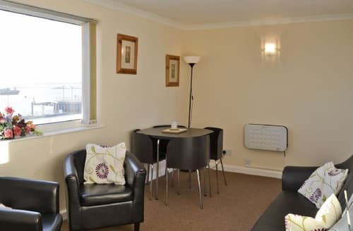 Last Minute Cottages - Adorable Colchester Apartment S18115