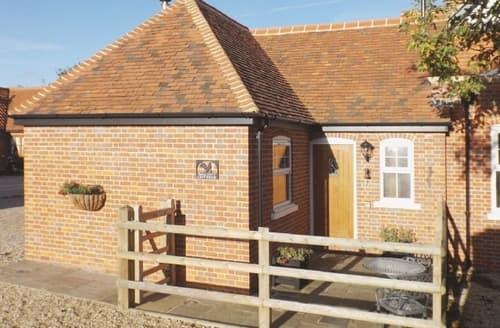 Last Minute Cottages - Superb Maldon Cottage S18134