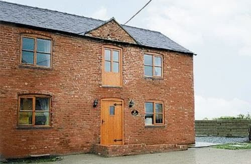 Last Minute Cottages - Delightful Chester Cottage S18144