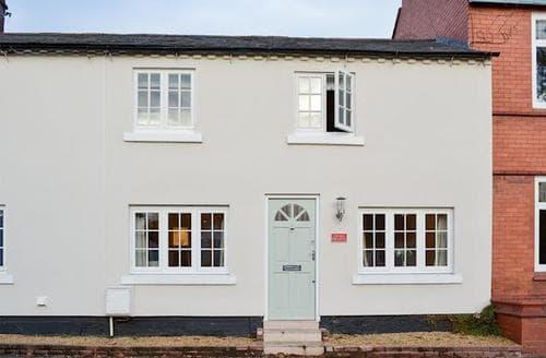 Last Minute Cottages - Tasteful Chester Cottage S72984