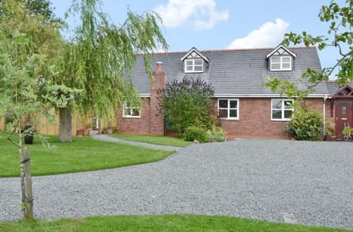 Last Minute Cottages - Cosy Nantwich Cottage S37540