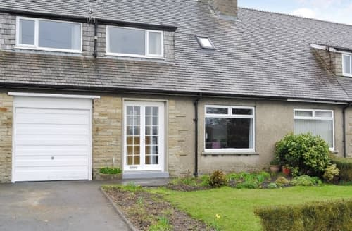 Last Minute Cottages - Adorable Carnforth Cottage S25788