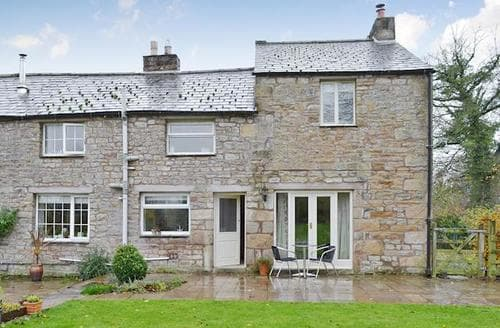 Last Minute Cottages - Cosy Carnforth Cottage S73400