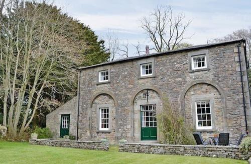 Last Minute Cottages - Charming Carnforth Cottage S18216