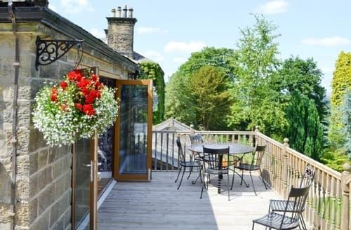 Last Minute Cottages - Wonderful Clitheroe Apartment S18245