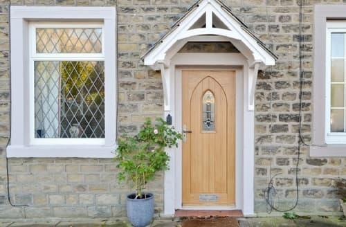 Last Minute Cottages - Wonderful Salterforth Cottage S42454