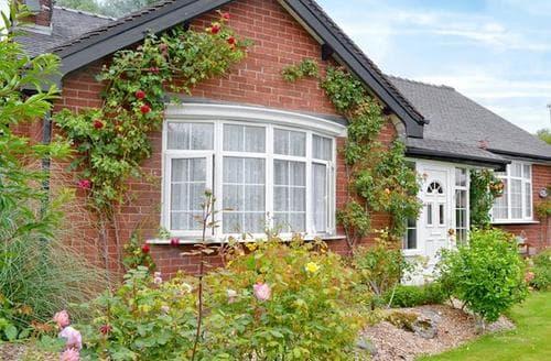 Last Minute Cottages - Wonderful Southport Cottage S60992