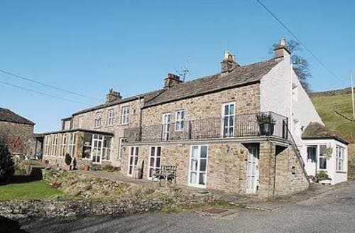 Last Minute Cottages - Cosy Alston Cottage S18275