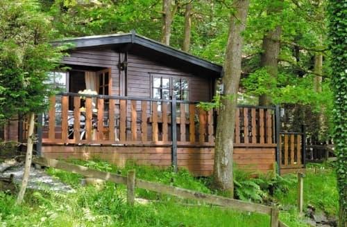 Last Minute Cottages - Cosy Ambleside Lodge S18301