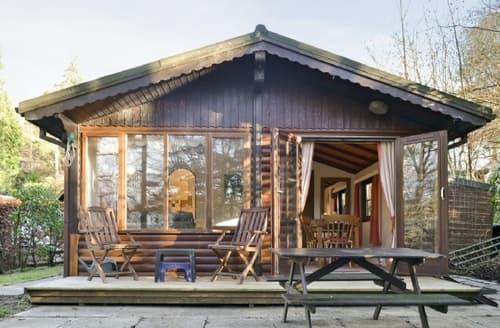 Last Minute Cottages - Lovely Ambleside Lodge S18309