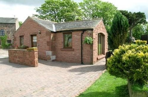 Last Minute Cottages - Quaint Cockermouth And The North West Fells Cottage S18417