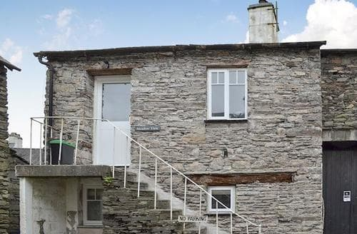 Last Minute Cottages - Lovely Hawkshead And Near And Far Sawrey Cottage S78291