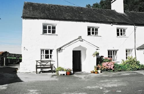 Last Minute Cottages - Attractive Windermere Cottage S18730