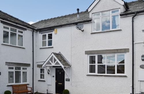 Last Minute Cottages - Excellent Windermere And Troutbeck Bridge Cottage S27066