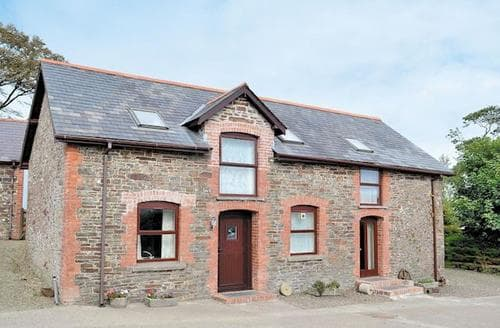Last Minute Cottages - Wonderful Torrington Cottage S19227