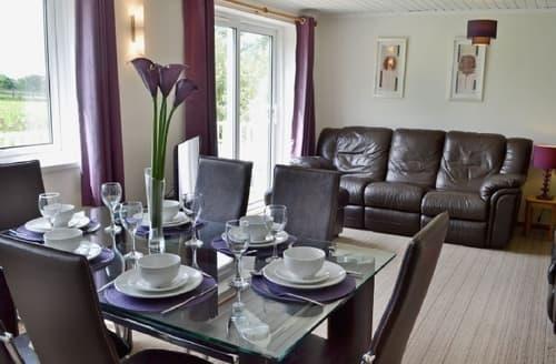 Last Minute Cottages - Beautiful Bideford Apartment S18923