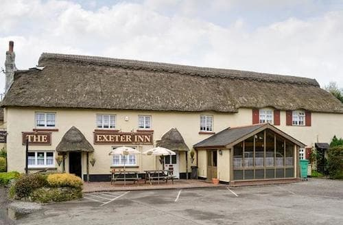 Last Minute Cottages - Exeter Suite