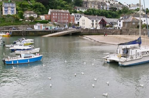 Last Minute Cottages - Captivating Ilfracombe Apartment S19193