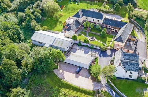 Last Minute Cottages - Inviting Dawlish Cottage S19304