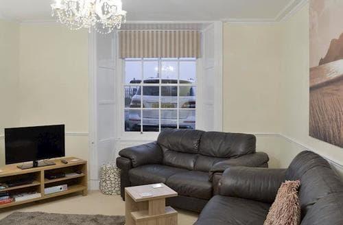 Last Minute Cottages - Inviting Dawlish Apartment S77387