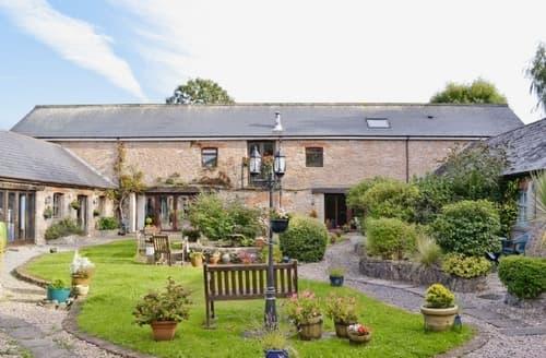 Last Minute Cottages - Cosy Paignton Cottage S44595