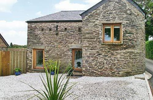 Last Minute Cottages - OAK BARN