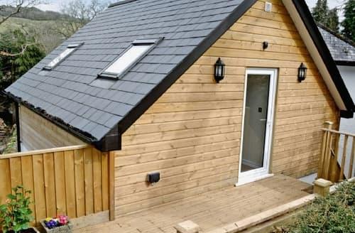 Last Minute Cottages - Quaint Tavistock Apartment S25214