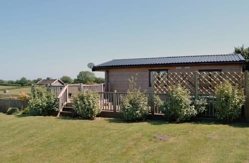Last Minute Cottages - Stunning Beaminster Lodge S19637