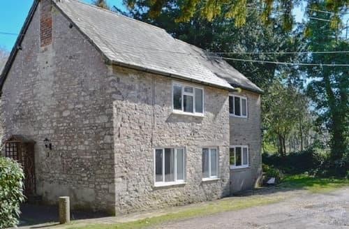 Big Cottages - Inviting Dorchester Cottage S19787